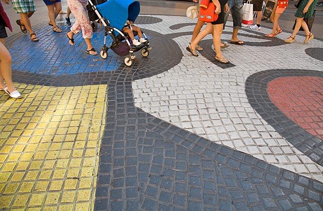 Mural by Joan Miró in La Rambla