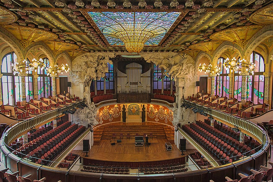 Palau de la Musica in Barcelona - skip the lines