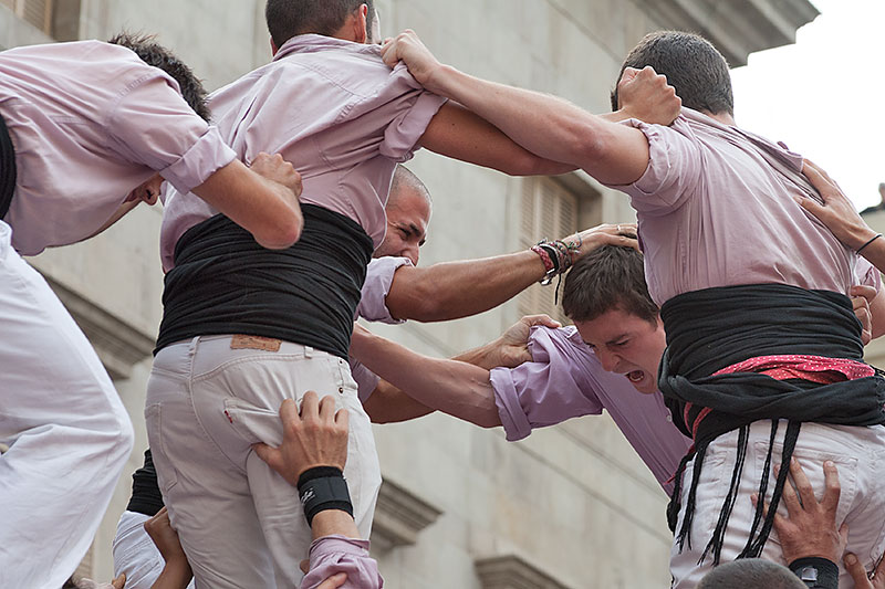 Human Towers in Barcelona: Where and When