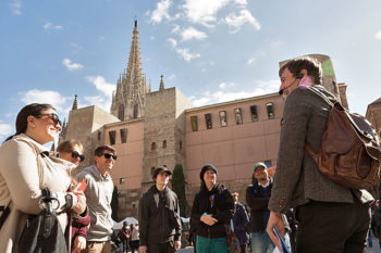 Gothic Quarter and Gaudi Private Tour Barcelona
