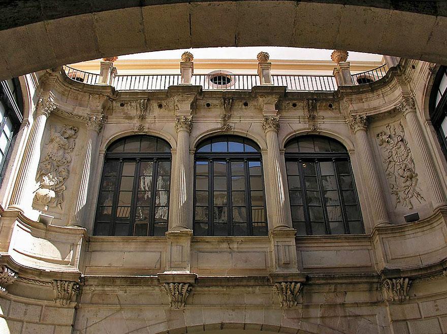 Palau de la Virreina Barcelona
