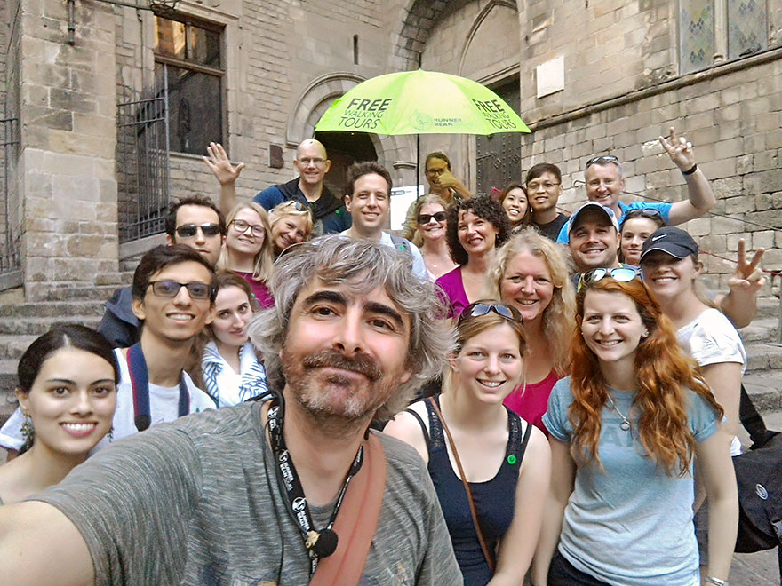 Free Walking Tour Barcelona Runner Bean Tours