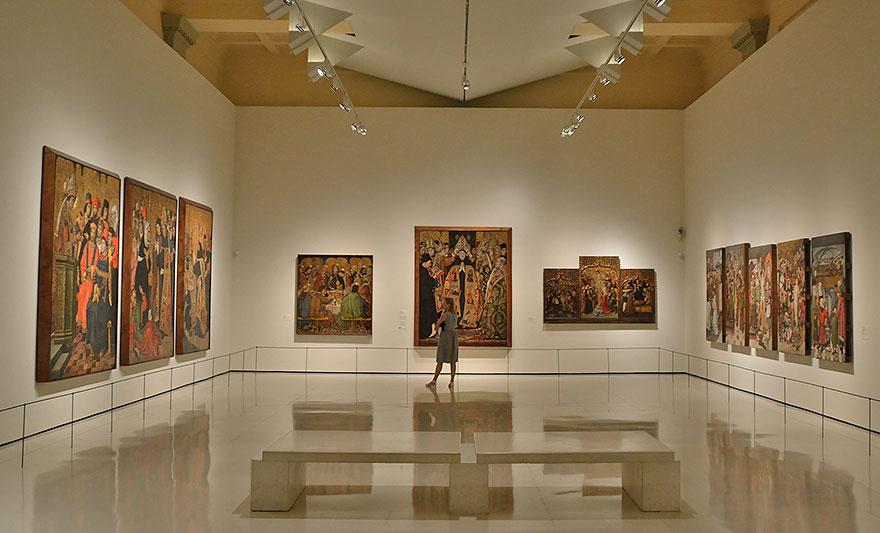 Free day on National Art Museum of Catalonia (MNAC)