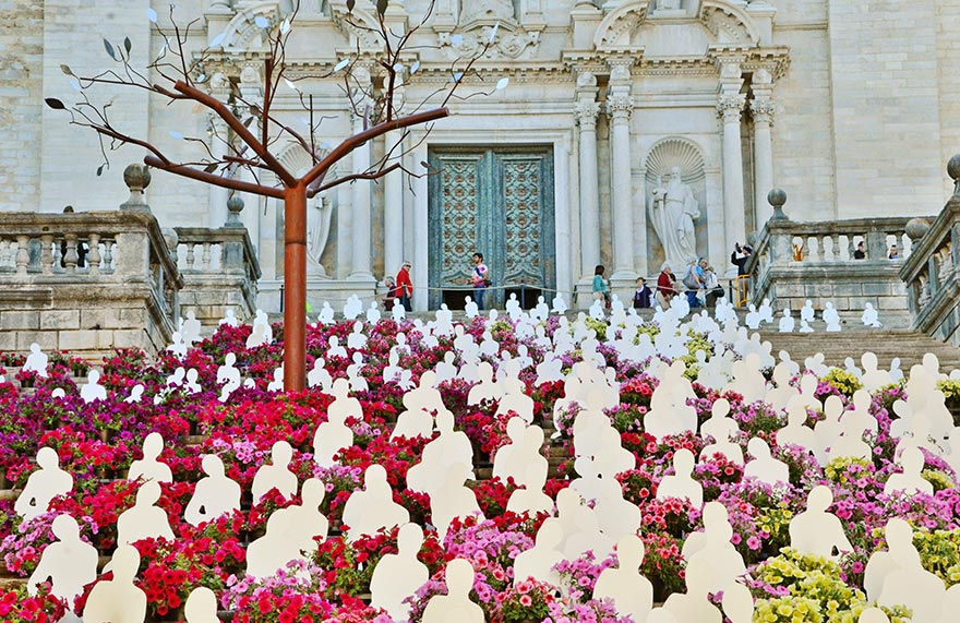 Girona Flower Festival - Barcelona May Excursion