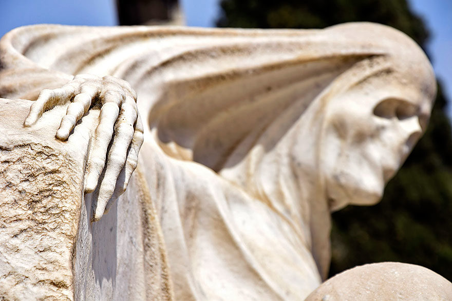 What to do in Barcelona in November: Montjüic Cemetery