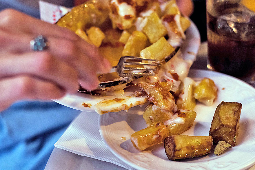 Patatas Bravas - Food without gluten in Barcelona